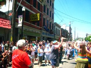 Queers line the streets of Northside in celebration of Pride 2008.