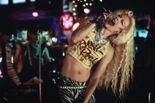 John Cameron Mitchell plays Hedwig in Hedwig And The Angry Inch. From Movies.Pop-Cult.com.