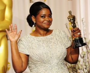Photo: Octavia Spencer holding her Oscar. Image Source: Google Images