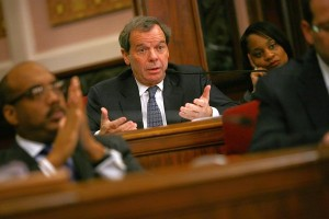Photo: Illinois Senate President John Cullerton, an older white man in a dark suit, sitting in session. Photo source: Chicago Tribune, Google Images